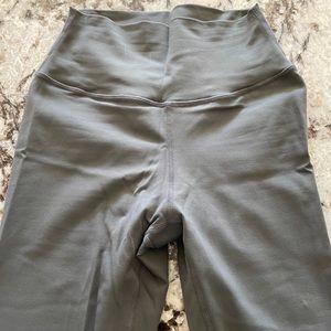 Skywear Threads leggings